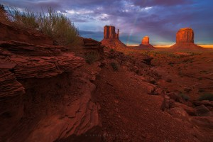 Monument Valley Sunset Rainbow Mittens
